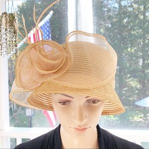 Vintage Look Millinery Feather Accent Hat